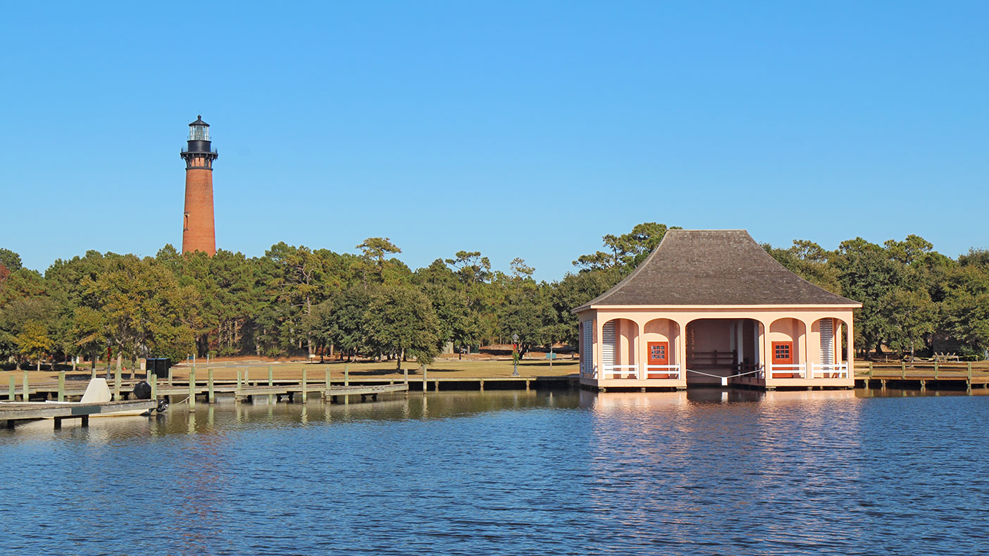 To address the non-climatic factors related to flooding, we developed a statistical method by which to estimate flood susceptibility throughout Currituck County.