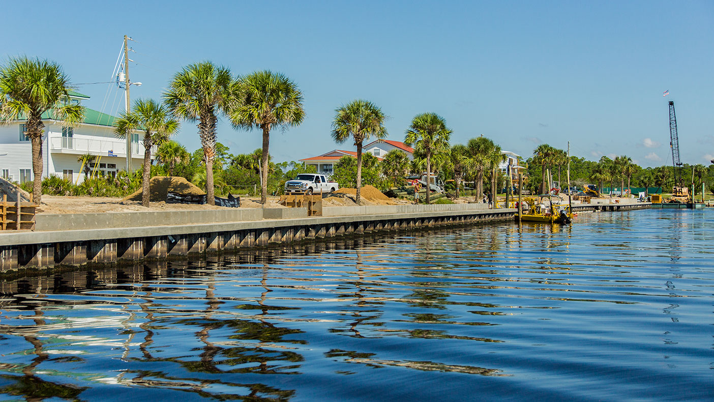 The new marina will have a steel seawall that spans 1,700 linear feet.